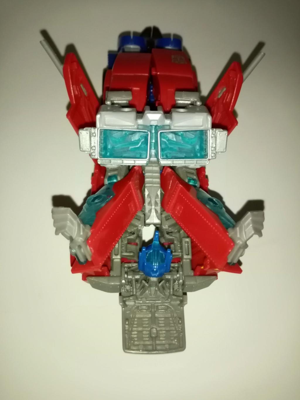Vos montages photos Transformers ― Vos Batailles/Guerres | Humoristiques | Vos modes Stealth Force | etc - Page 16 Img_2036