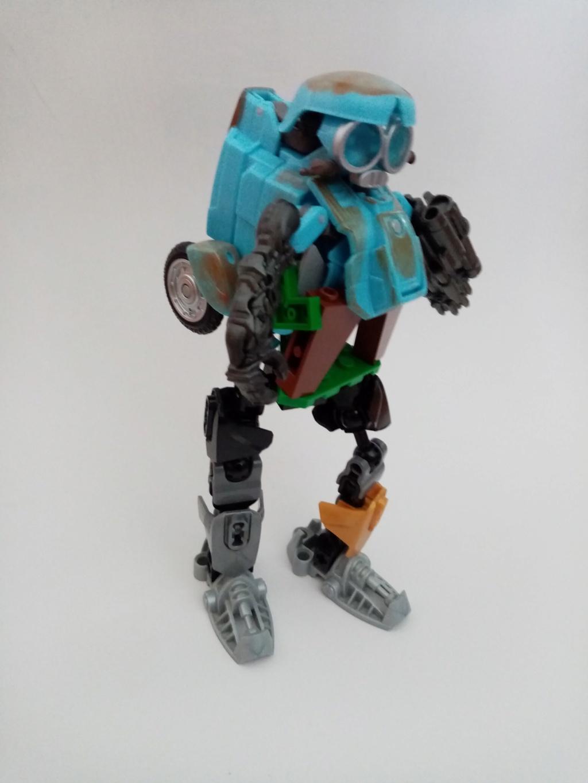Vos montages photos Transformers ― Vos Batailles/Guerres | Humoristiques | Vos modes Stealth Force | etc - Page 16 Img_2050