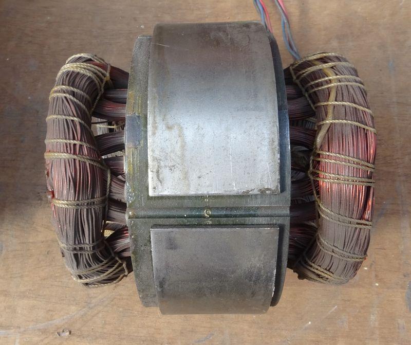 Démontage d'un touret à meuler Peugeot Enroul10