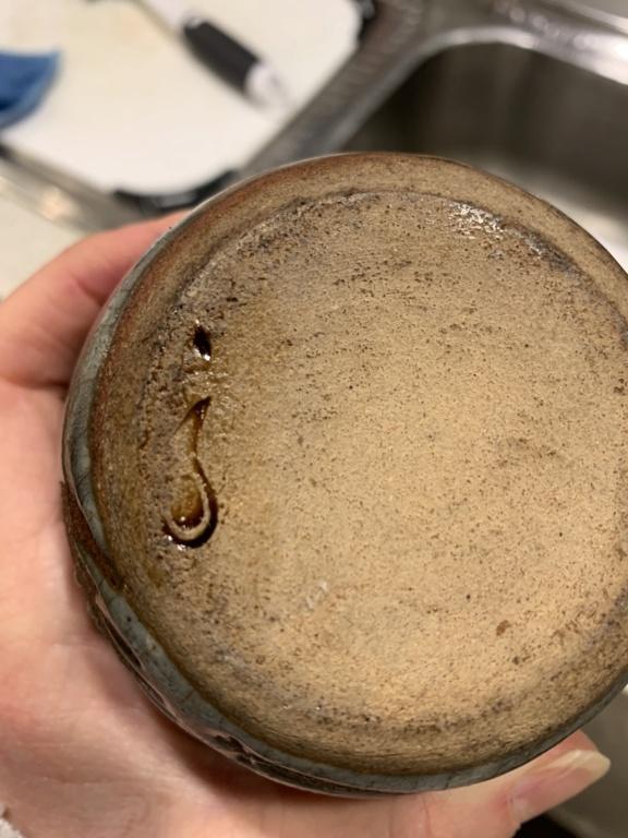 Mark on small oil jug  B1ef3710