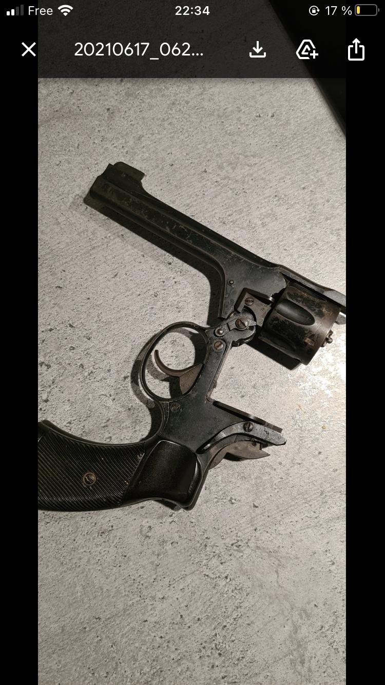 Revolver anglais 28cal 332efa10