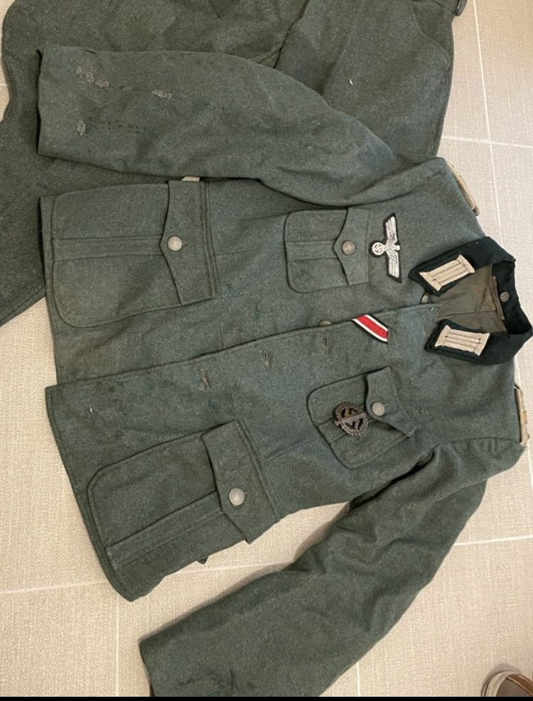 Authentification Vareuse Officier allemande 449ada10