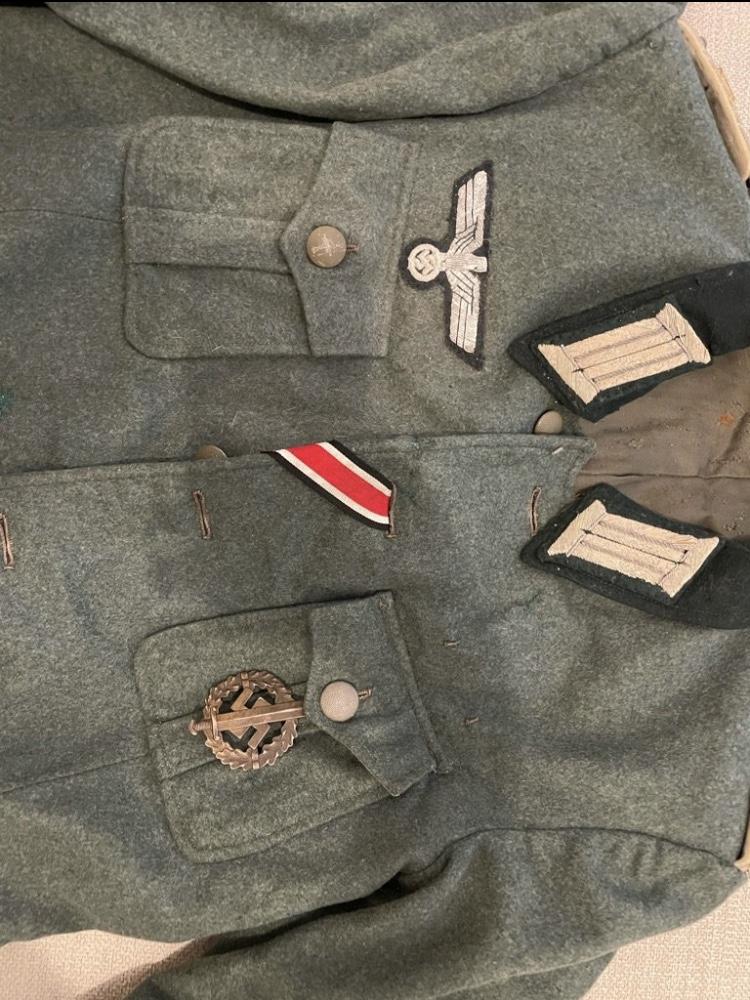 Authentification Vareuse Officier allemande Bb70a010