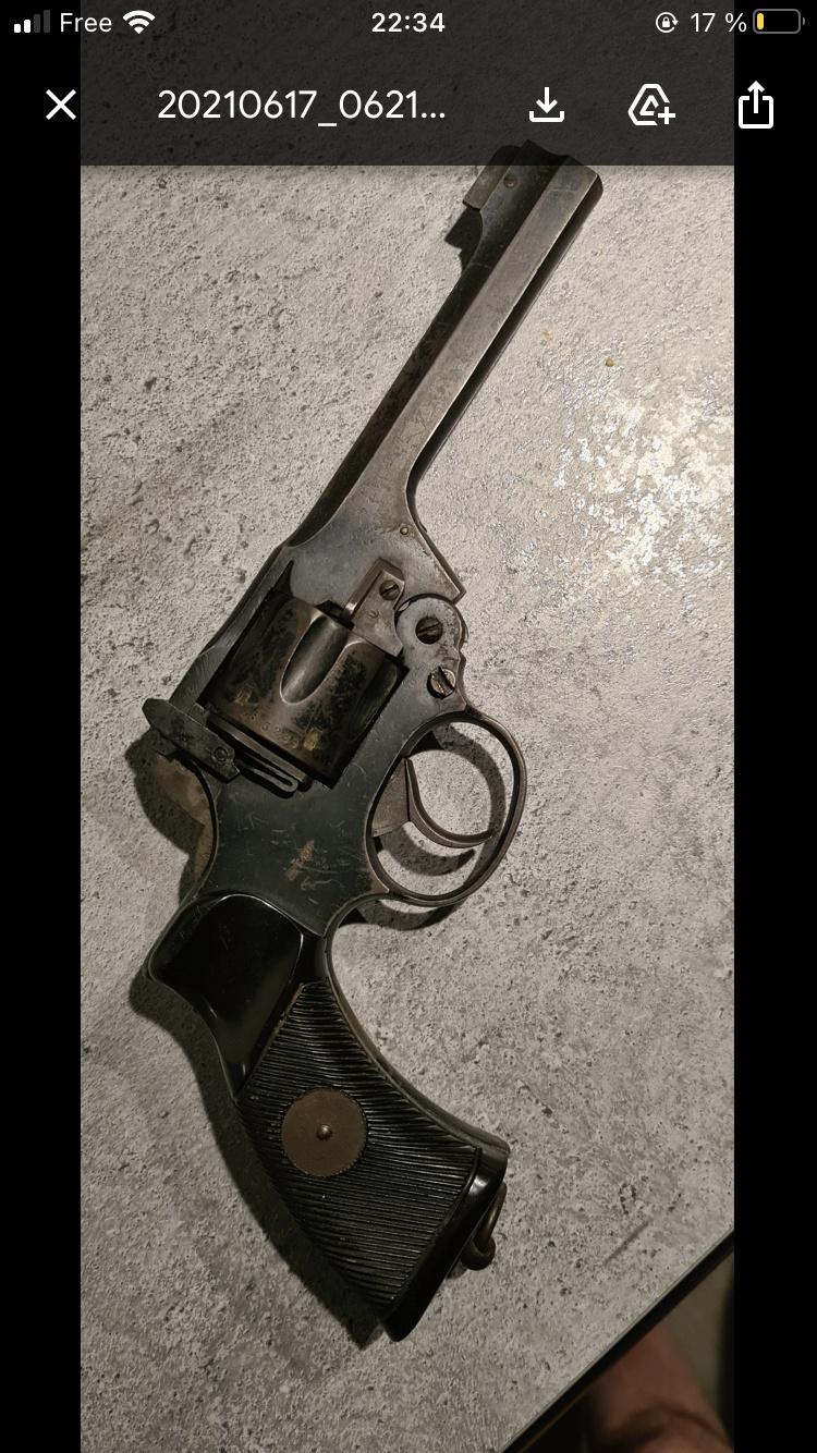 Revolver anglais 28cal E7505810