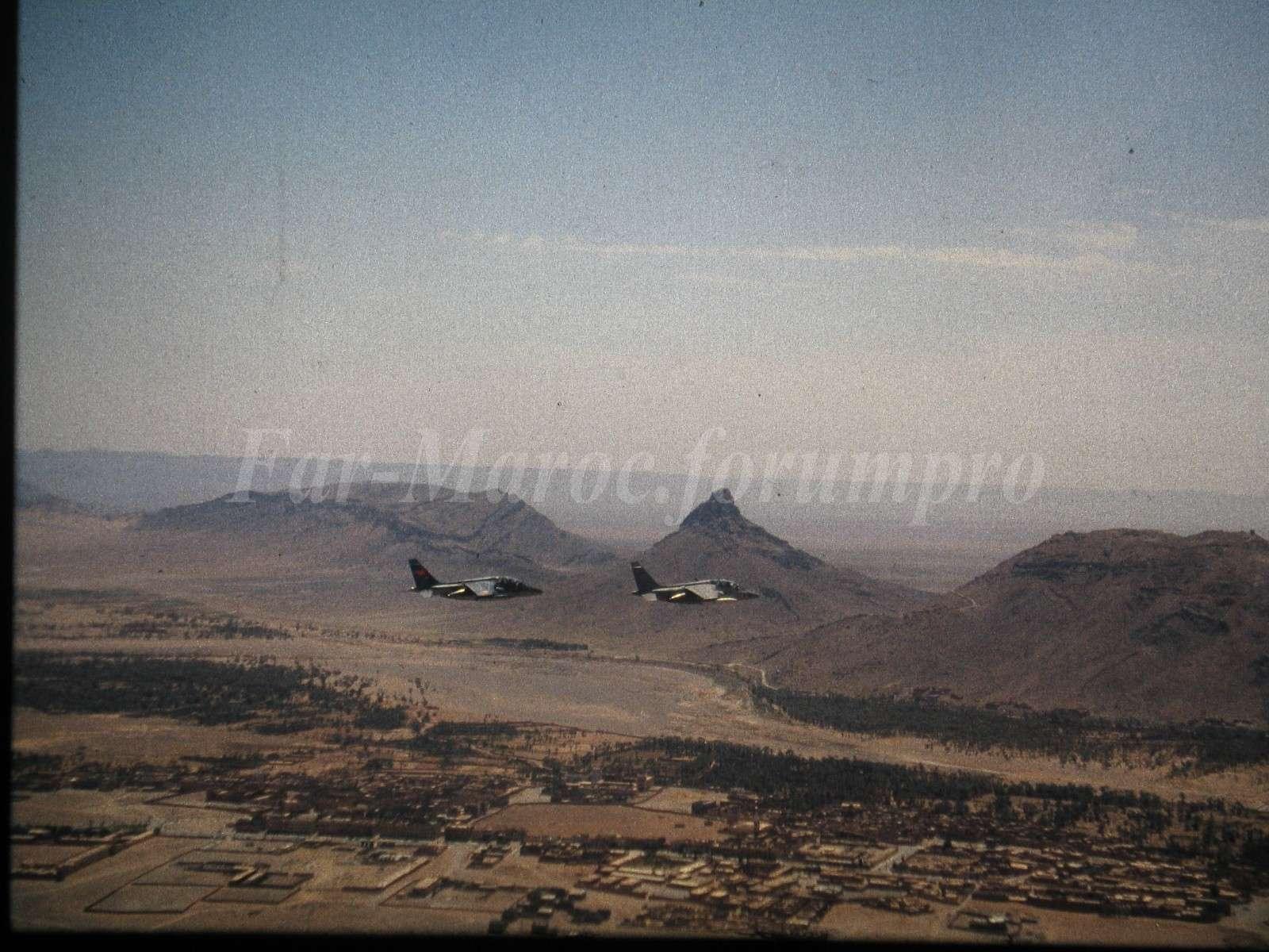 FRA: Photos avions d'entrainement et anti insurrection - Page 5 A-jet_10