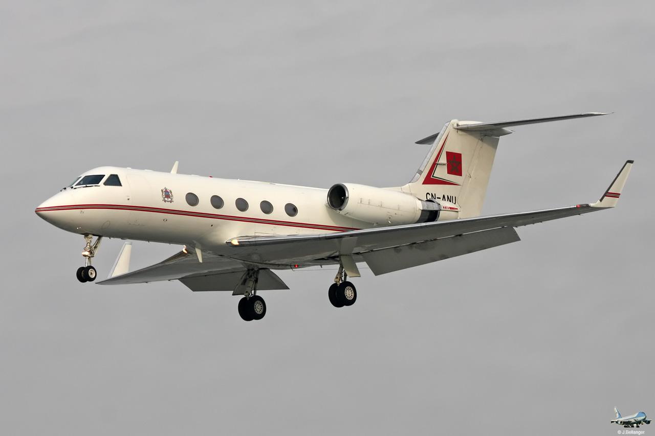 FRA: Avions VIP, Liaison & ECM - Page 3 Lbg20110