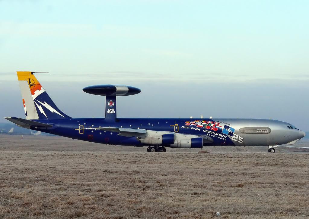 Avions AEW&C Lx-n9010