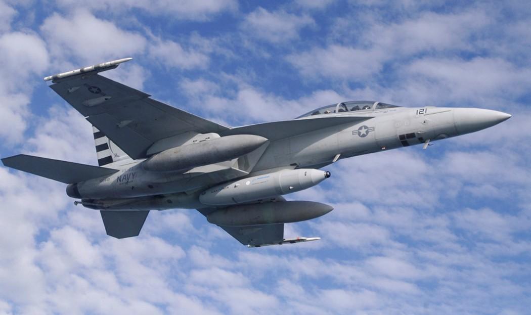 F/A 18 Hornet around the world - Page 2 Mfc_ir12