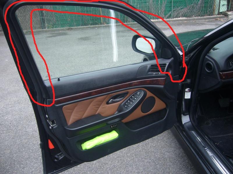 [BMW 535 i E39] Démontage des panneaux de portes P1060131
