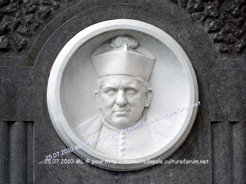 Tombe POIRIER, curé de Saint-Josse de 1911 à 1924 08517