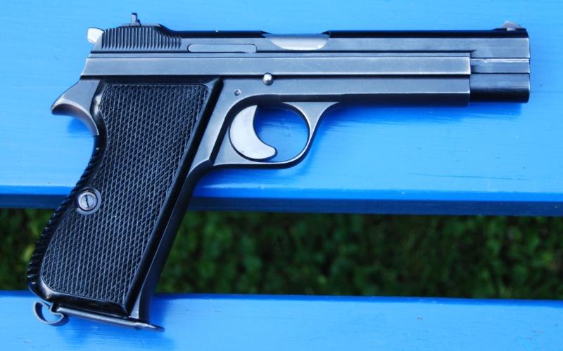 Pistolets 210-b10