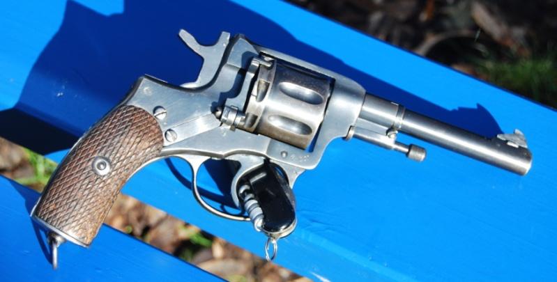 Armes de poings réglementaires Dsc_0082