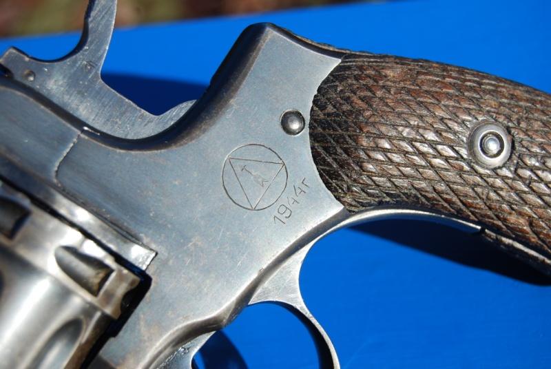 Armes de poings réglementaires Dsc_0084
