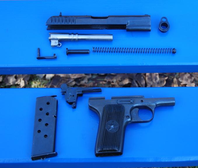 Armes de poings réglementaires Dsc_0095