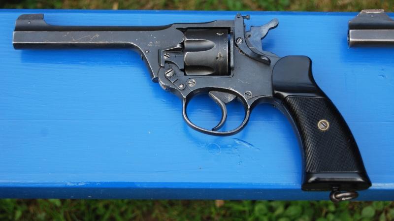 Revolvers british Enfiel11