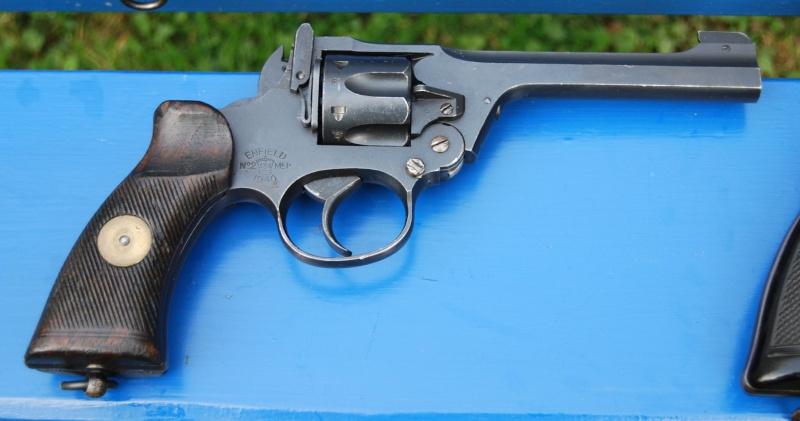 Revolvers british Enfiel13