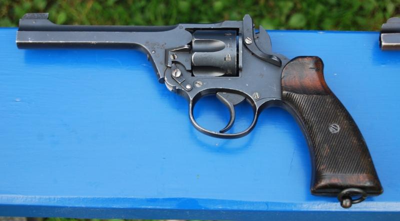 Revolvers british Enfiel14