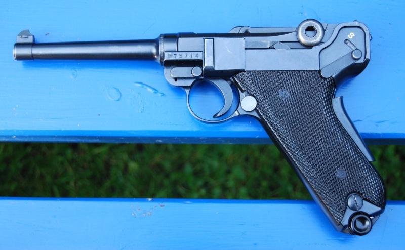 Armes de poing suisses du XXème siècle,  P06, P49 (P210), P75 Parabe10