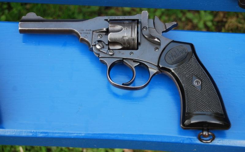 Revolvers british Webley14