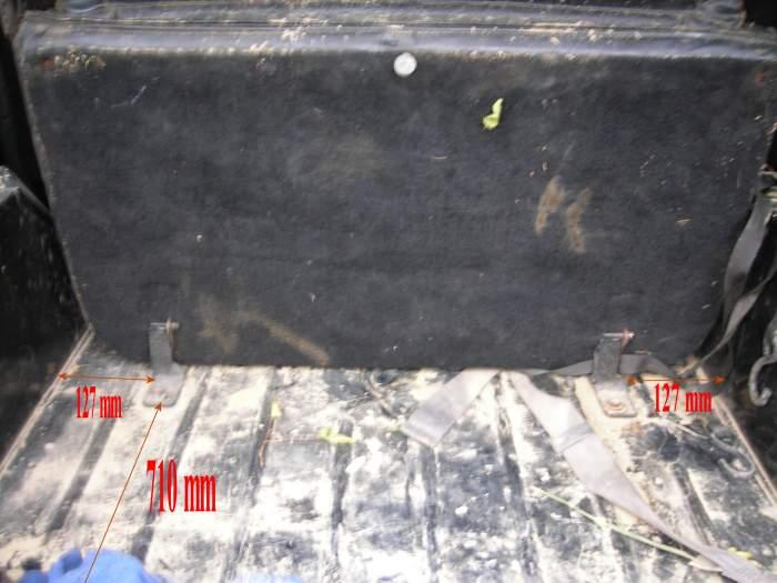 banquette arrière et ceintures sur CJ7 Banque12