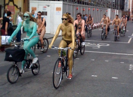 London Naked Bike Ride 2010 Bodypa10