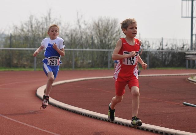 Compétition Bertrix le 13/04/2009 Athla_23