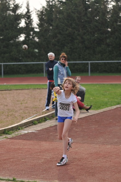 Compétition Bertrix le 13/04/2009 Athla_40