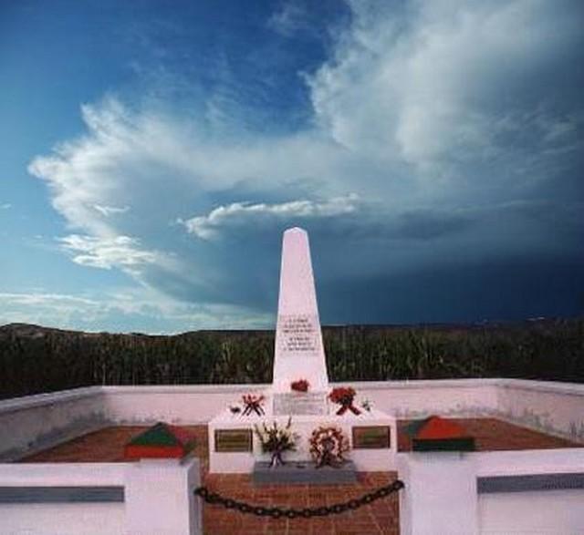 8 Juin 2009 - Journée nationale d'hommage aux « Morts pour la France » en Indochine. Dbp10
