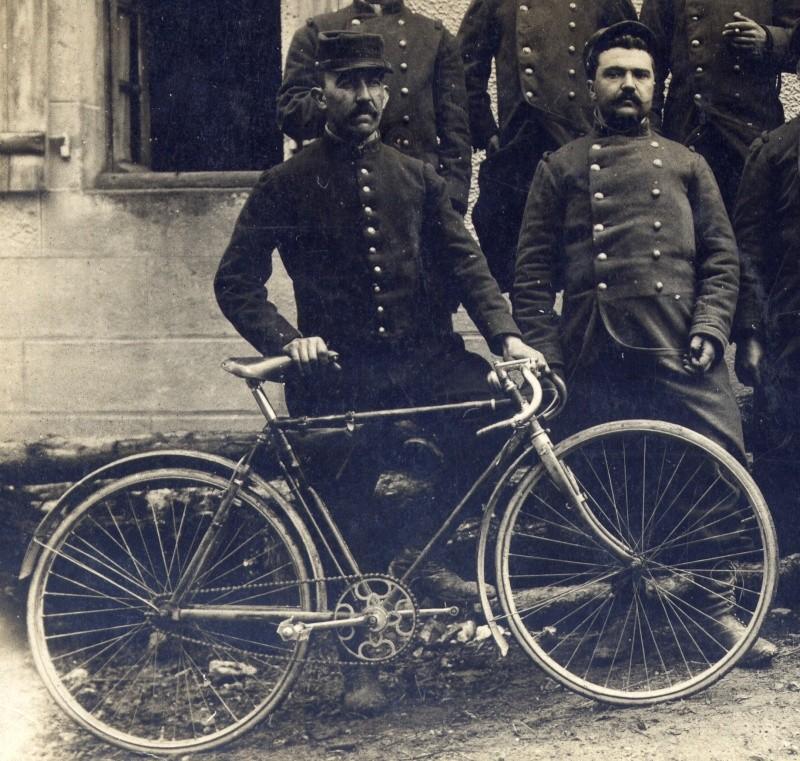 Divers  photo d'estafettes cyclistes Dec16614
