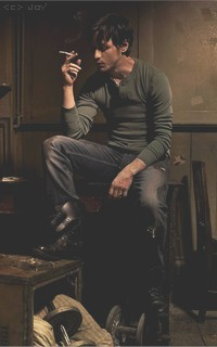 William Earl, connaissances et relations Fumeuu10