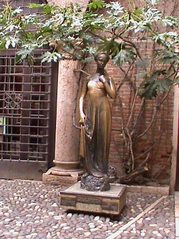 ballata in Italia Juliet10