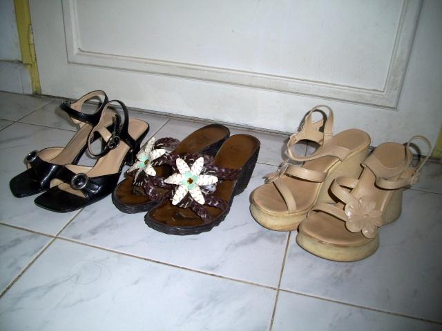 Parce que les filles, ça aime les poupées et les chaussures - Page 4 100_1025
