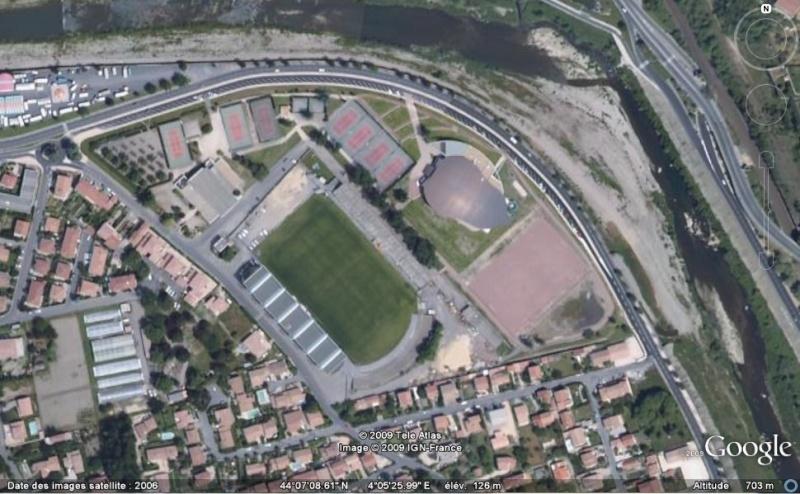 Stades de football dans Google Earth - Page 16 Ales10