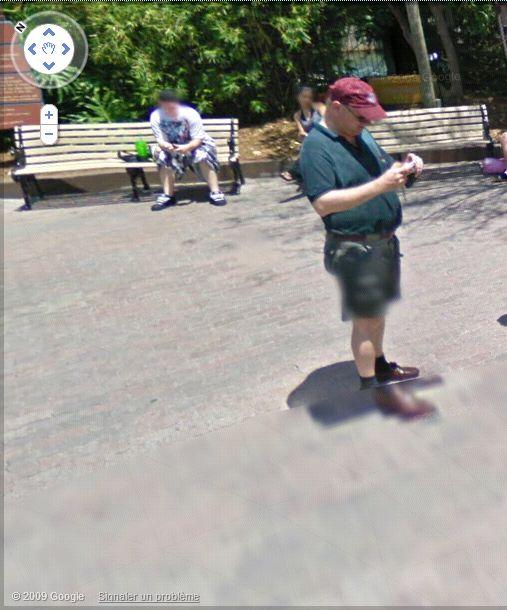 STREET VIEW : les gens en chaussettes noires ! - Page 3 Busch_20