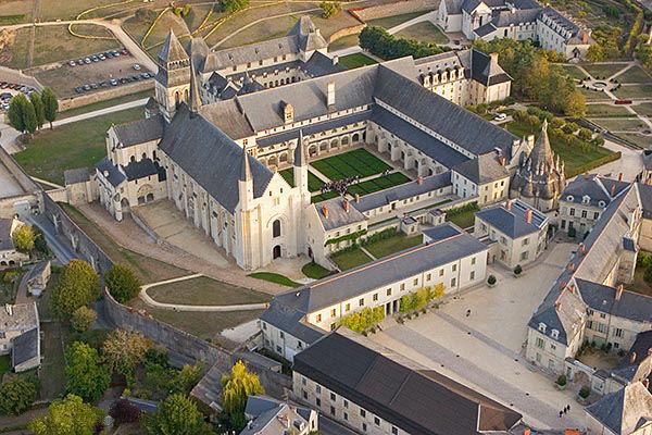 La France par ses timbres sous Google Earth - Page 3 Fontev11