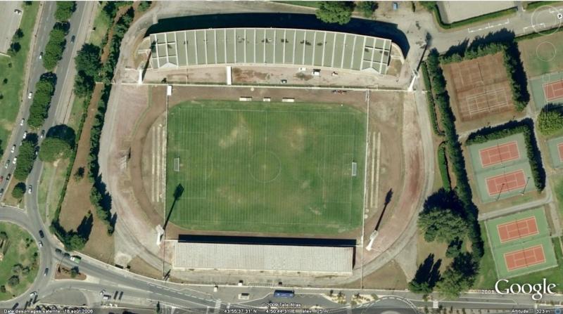 Stades de football dans Google Earth - Page 17 Parc_d10