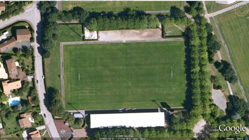 Stades de football dans Google Earth - Page 16 Stade_37
