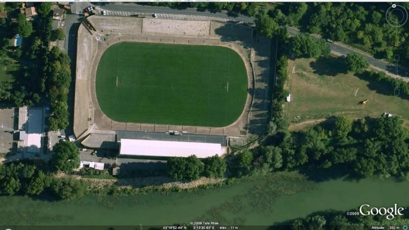 Stades de football dans Google Earth - Page 17 Stade_49