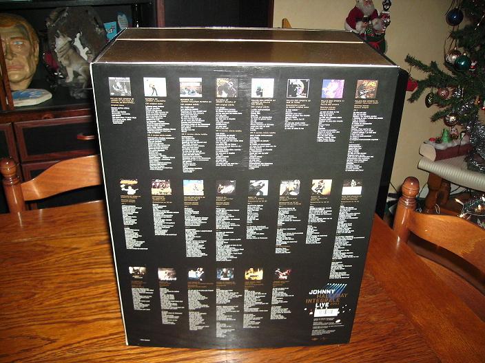 Une vie de collection...par Johnny 77 - Page 4 0223