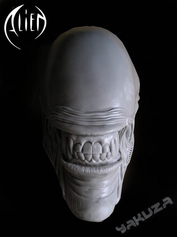 tete alien echelle 1 P1010117