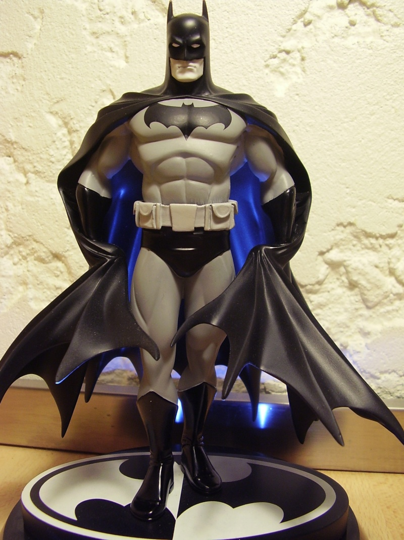 BATMAN BLACK & WHITE #18 : GEORGE PEREZ Bwgeor10