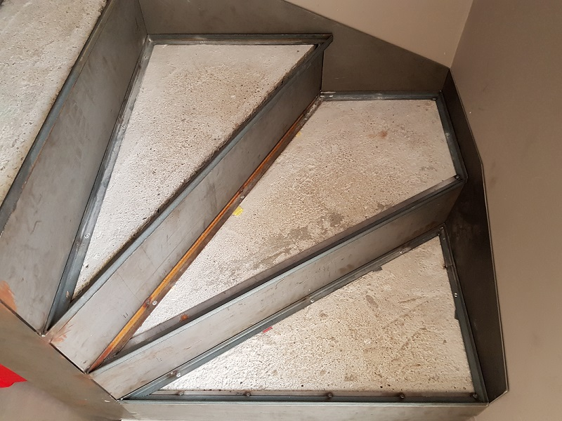 BauBuche sur escalier béton 20190816