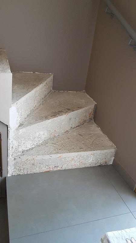 BauBuche sur escalier béton Escali11