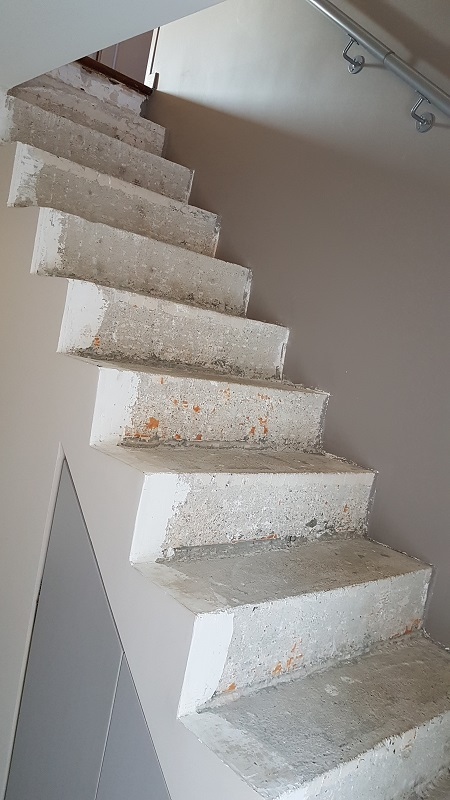 BauBuche sur escalier béton Escali12