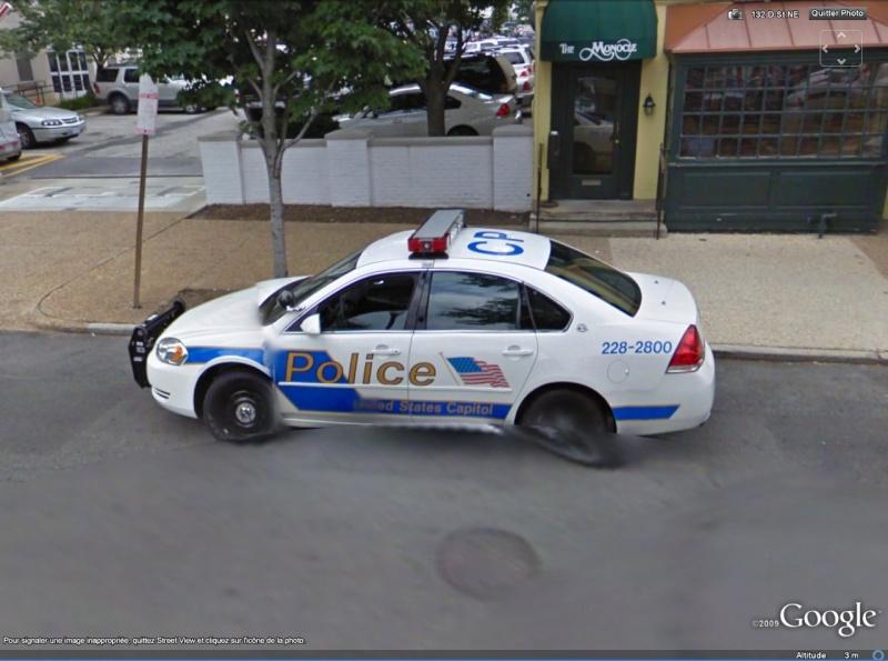 STREET VIEW : véhicules de police du monde Capito10
