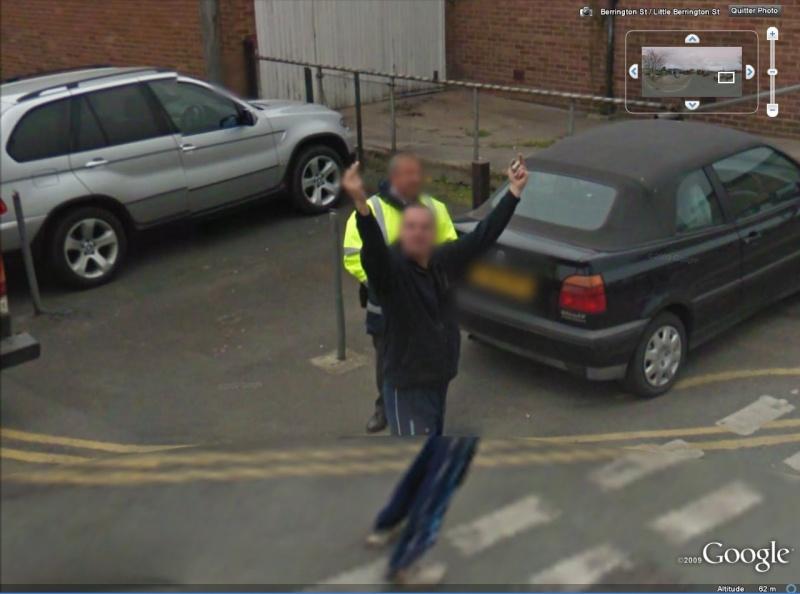 STREET VIEW : quand la Google Car attise l'obscénité Coucou11