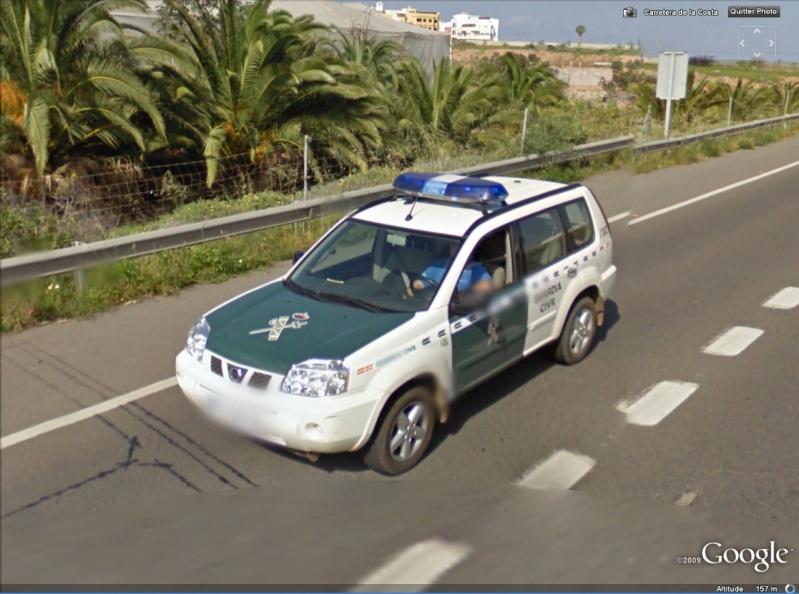 STREET VIEW : véhicules de police du monde - Page 4 Guardi10