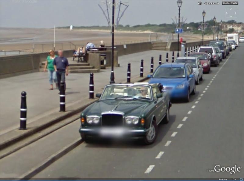 STREET VIEW : belles voitures (Monde) - Page 6 Rolls210
