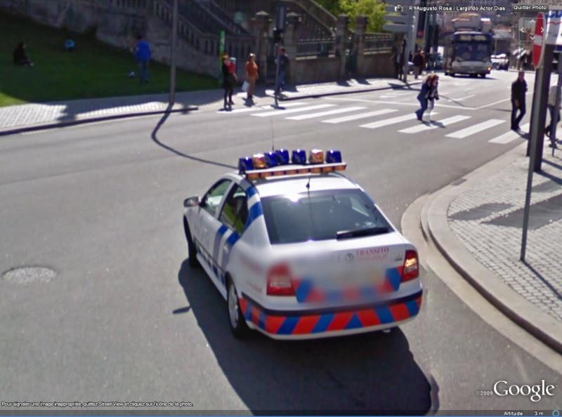 STREET VIEW : véhicules de police du monde Skoda10