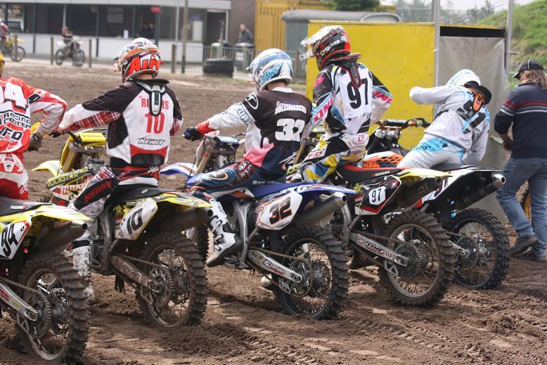 Moto-cross de VELDHOVEN en Hollande Veldho10